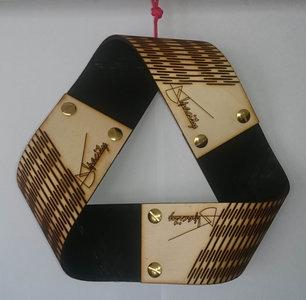Bouwpakket Möbius-ring lasergesneden
